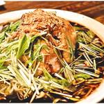 シャンウェイ - やわらか雛鳥のネギ醤油ソース (1羽) 2980円 ホントに骨までサクサク!