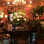 カフェ・ド・巴里 - 店内