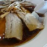 58539106 - 正油チャーシュー麺  細麺