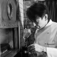"""3つ星シェフ巨匠マルケージ氏から薫陶を受けた料理長""""鵜飼浩"""""""