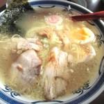 ラーメンやまき - 塩ラーメン750円煮玉子トッピング100円