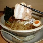越後秘蔵麺 無尽蔵 - チャーシュー