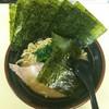 大吉家 - 料理写真:ラーメン600円麺硬め。海苔増し120円。