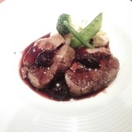 ビストロ クレール - アメリカ産牛バラ肉のコンフィ、ビネガーのソース
