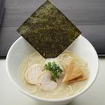 なご家 - コーチンパイタン麺