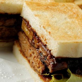 浅草「ペリカン」のパンを使った「サンドイッチ&トースト」