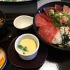 まぐろ屋 - 料理写真:まぐろ食べ比べ丼(並)