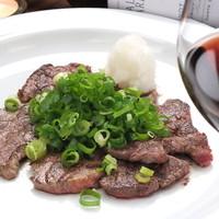牛フィレ肉のたたき特製赤ワインポン酢ソース