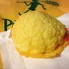 ピーターパンジュニア - 料理写真:元気印のメロンパン(140円)
