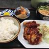 はりまや - 料理写真:豚カツ定食ヽ( ^ω^ )ゞ¥550円