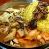 ダルシムカリー - 料理写真:チキンカレー、生玉ネギ、キャベツ