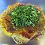 まる麺 - まるめん焼き 950円+ネギ 100円