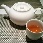 58704528 - お一人様にもお茶はたっぷり