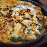 ベトナム酒場 ビアホイ - 海老のピリ辛チーズ鉄板焼き