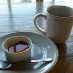 58729351 - パンナコッタとコーヒー