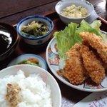 ごはん屋 - 日替わり定食900円(鶏ムネ肉あられ揚げ)