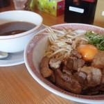 とんこつらーめん 大伸 - 肉玉つけ麺(並) 900円