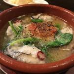 スペインバル ピー - 牡蠣のアヒージョ!