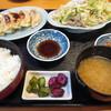 ふじしめ - 料理写真:野菜炒め定食、餃子(単品)