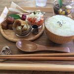 ボヌール - ランチC.薬膳粥プレートセットd( ̄、  ̄)ノ¥850円