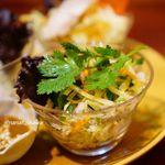 ニャーヴェトナム - 青いパパイヤのサラダ