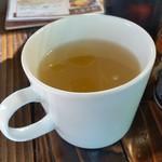 となりわ - セルフのスープで「有機亜麻仁油オイル」をちょっと使ってみました