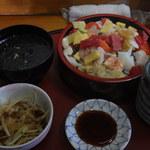 鮨源 - 最近の海鮮あられ1100円