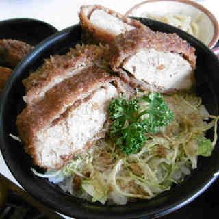 御食事処 成駒 - 料理写真:ソースかつ丼@2切れキープ