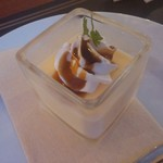 美女と野獣のカフェ・レストラン ビューティー&ザ ビースト - +100円の自家製プリン♪