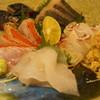 釉月 - 料理写真:お造り盛り合わせ(金目、鰆、かわはぎ、〆鯖、鯛、蟹)(1人前1400円~)