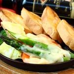 ジュリアーノ - 彩りチーズラクレット
