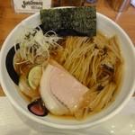 エンターテイ麺ト スタイル ジャンク ストーリー エムアイ レーベル - 醤油そば