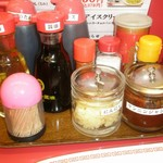 ラーメン魁力屋 - 調味料類