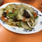 白龍 - 料理写真:野菜のうま煮(八宝菜)650円