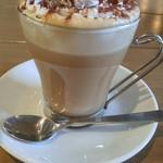 CAFÉ/BAR BSM - ティラミスラテ