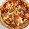 ジョナサン - 料理写真:フレッシュトマトのマルゲリータピザ950円