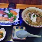 玄 - 寿司そばセット800円