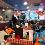 屋タイ - テーブル席(2016年11月)