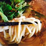 と市 - 中太なモチモチ麺