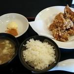 つけめん・らーめん 菊野屋 - 料理写真:唐揚げ食べ放題定食 780円