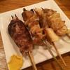 馬鹿牛 - 料理写真:つくね、シロ、カシラ2本