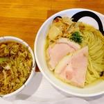 エンターテイ麺ト スタイル ジャンク ストーリー エムアイ レーベル - 醤油つけそば