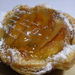 プロデュイ プチ ポゥア - 料理写真:季節商品「アップルパイ」