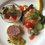 風 - ツブ貝帆立とマリネ、ヒラメのサラダ仕立て、ポークリエットの3種