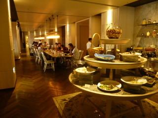 GLORIA PRINCE HOTEL -
