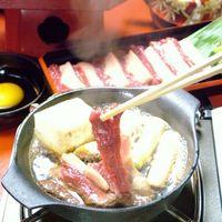 ブランド馬のカルビ肉を使用している『桜鍋』