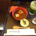 Torayakaryou - 小倉汁粉 抹茶グラッセ付き  2009円税込