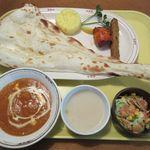 印度料理 BHINDI - 料理写真:Bランチ[シュリンプバターマサラカレー](2016/11/22撮影)
