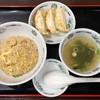 日高屋 - 料理写真:半チャーハン250円、餃子3個110円