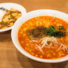 中華 こうよう - 料理写真:「担々麺」(700円)+「ミニマーボー丼」(+200円)。美味しかったです。